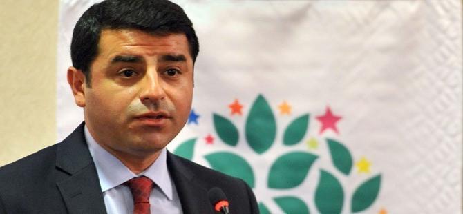 Demirtaş'tan Müezzinoğlu'na: Sen hiç merak etme, bir kadın senden daha iyi sağlık bakanlığı da yapar