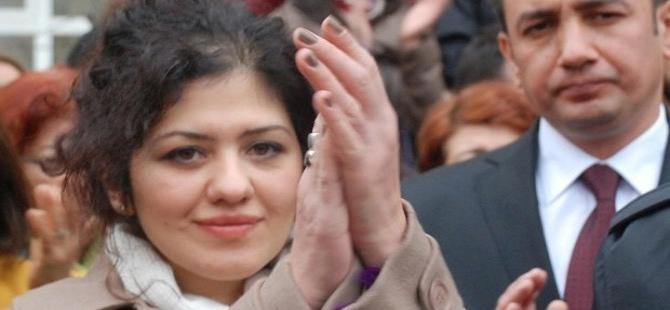Erdoğan karşıtı slogan atan akademisyene 11 ay hapis