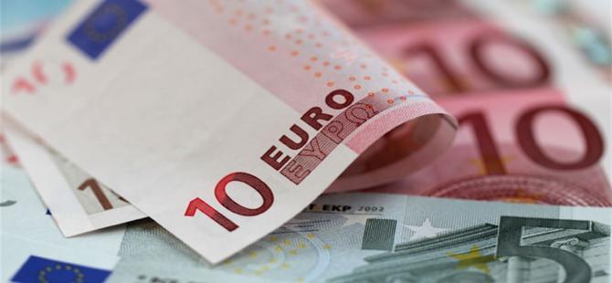 Yunanistan Euro'dan çıkmalı