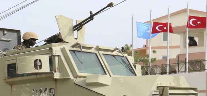 Somali'de Türk heyetinin bulunduğu otele bombalı saldırı
