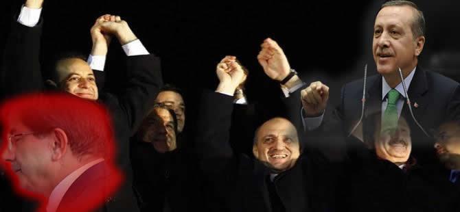 AK Parti'de 'Yüce Divan' gecesi neler yaşandı?