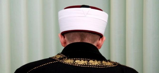 Son dakika haberi… AYM'den kritik karar! Partili imama izin yok…