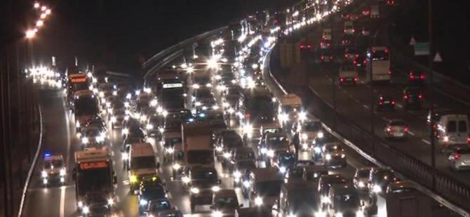 FSM'deki çalışma trafiği felç etti