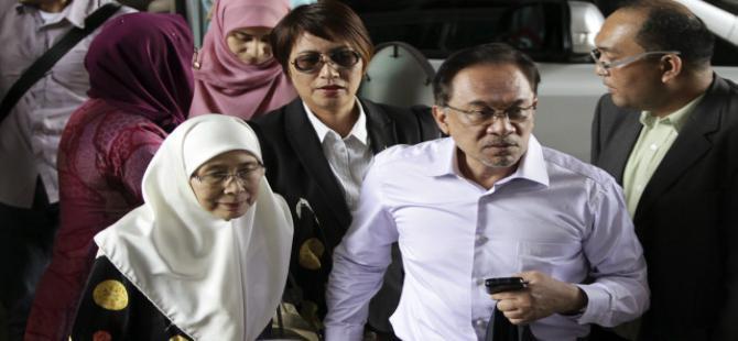 Muhalefet liderine 5 yıl hapis cezası