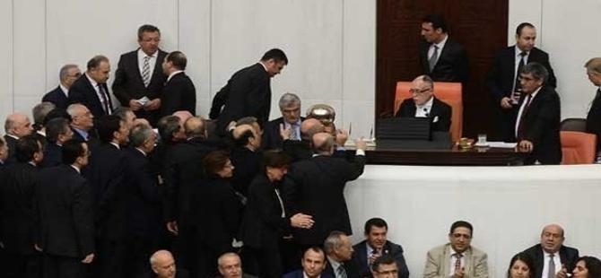 AKP: İç güvenlik paketinde tekrir-i müzakere anlaşması yok