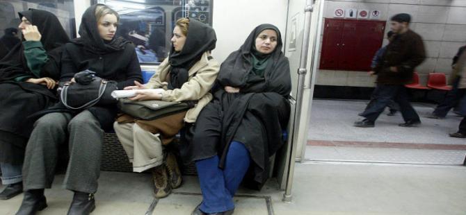 İranlı kadınlar ikiye bölündü