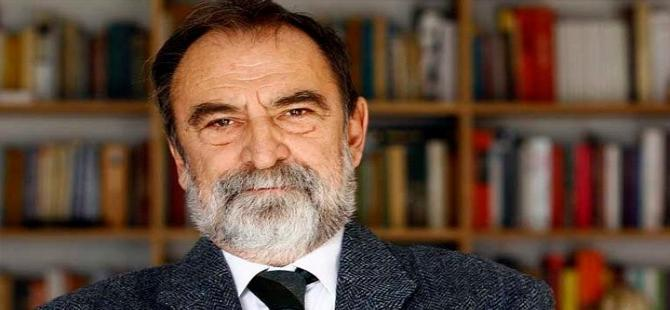 """Murat Belge: """"Yetmiş milyona aynı sloganı attırmak hevesinde"""""""