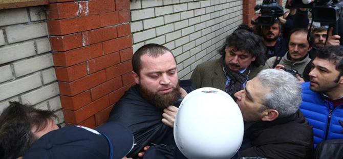 """Erol Büyükburç'un cenazesinde """"hakkımızı helal etmiyoruz"""" kavgası"""