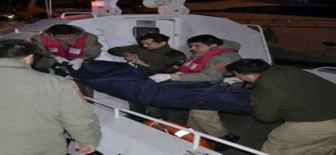 Bodrum'da kaçakları taşıyan tekne battı!