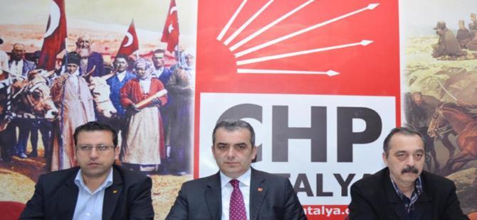 Antalya'da 28 bin 800 seçmenin kaydı silindi iddiası
