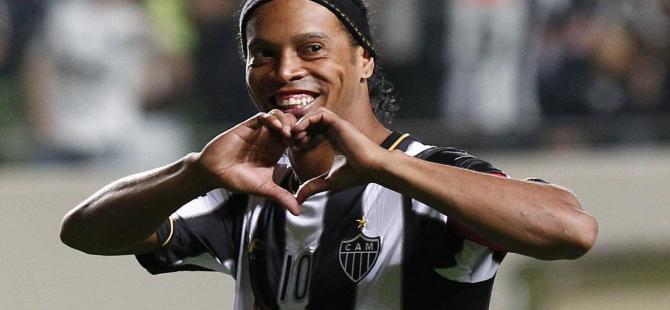 Başkan açıkladı: Ronaldinho'yla görüşmeye başladık