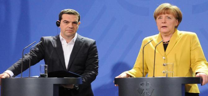 Merkel: Amacımız güçlü bir Yunanistan