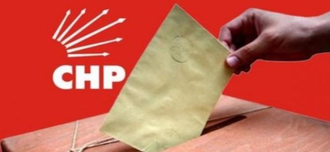 CHP'de parti üyeleri sandık başına gidiyor