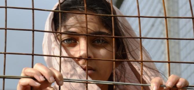 'Türkiye'deki Suriyeli kadınlar 5 bin liraya satılıyor'