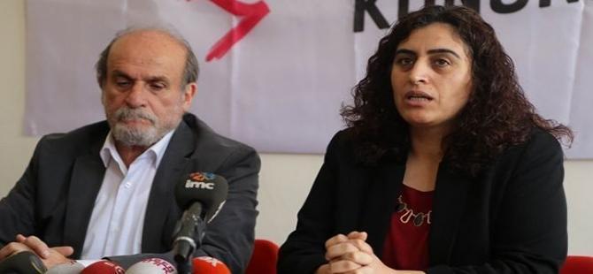"""""""Erdoğan, cumhurbaşkanlığı dışında her işi yapıyor"""""""