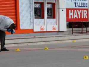 Batman'da AK Parti seçim lokaline silahlı saldırı