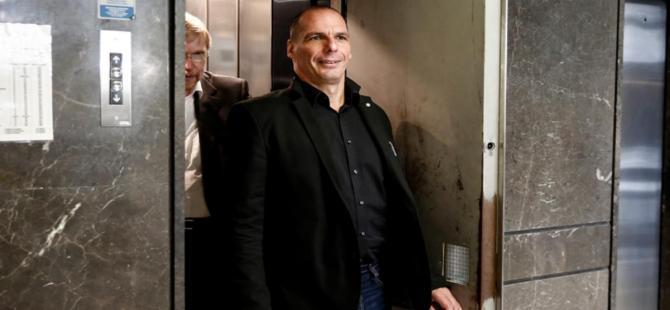 Yunanistan Maliye Bakanı'na saldırı