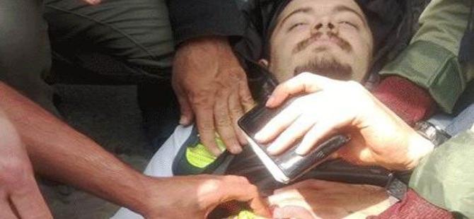 Beşiktaş'ta bir eylemci karnından bıçaklandı!