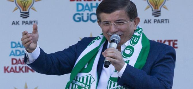 """Davutoğlu: """"HDP Türkiyeleşecekti CHP'lileşti"""""""