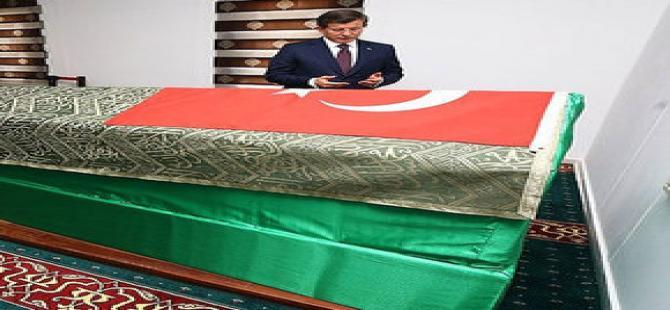 Başbakan Süleyman Şah'a gitti