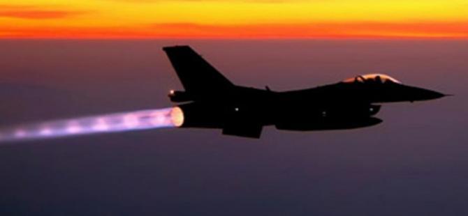 Fas'a ait bir F-16 savaş uçağı kayboldu