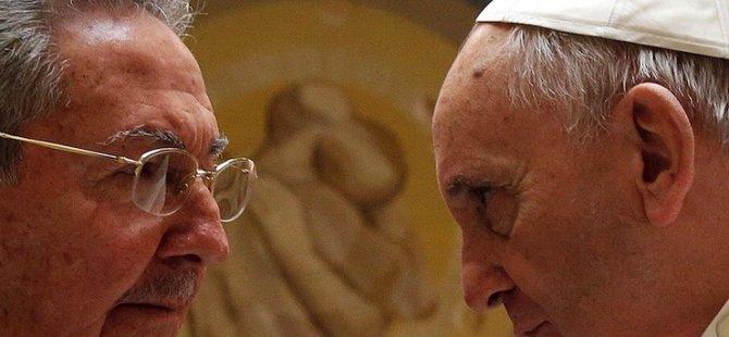 Kominist Castro: 'Kiliseye geri dönebilirim'