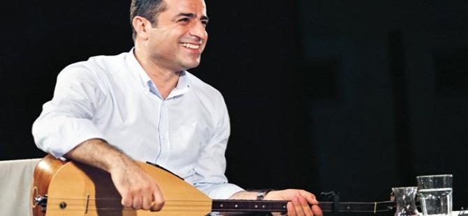 'Kürtlerin sürpriz hediyesi Türkiye'de birlik olabilir'