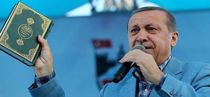 '' Meydanlarda Kuran gösterilmez''