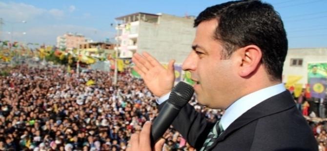 Demirtaş: AKP Türkiye'yi savaşa sokacak