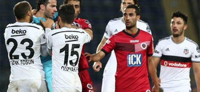 'Galatasaray'dan yediğin golden utanmıyor musun?'