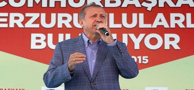 Erdoğan'dan protestoculara: Affedersiniz sırtlarını dönmüşler