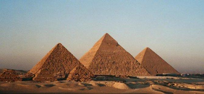 ŞOK! Piramitleri yok etmek istiyorlar!