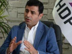 Demirtaş: 'PKK kesinlikle Türkiye'ye karşı silahı bırakmalıdır'