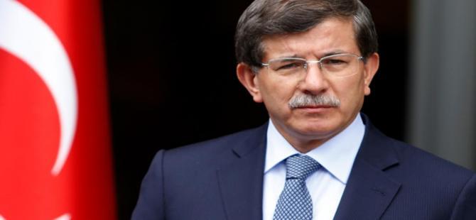 Başbakan Davutoğlu koalisyon için oluşturulan AK Parti heyetiyle bir araya geldi