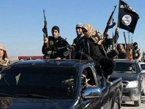 Terör örgütü IŞİD Karyatayn'ı ele geçirdi