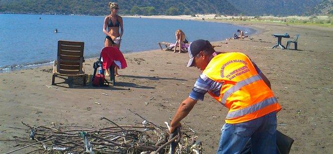 Çayağzı Plajı'na temizlik