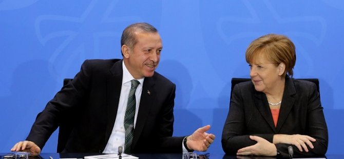 Erdoğan Merkel'le sığınmacılar hakkında konuştu