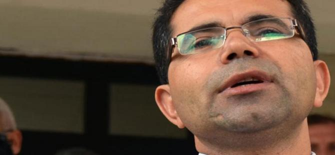Milli Eğitim Bakanı, telefonuna yanıt vermeyen müdürü görevden aldı iddiası