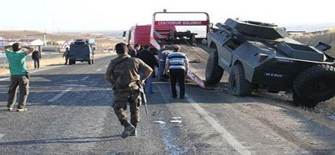 Polislerini taşıyan panzer devrildi: 1 Şehit
