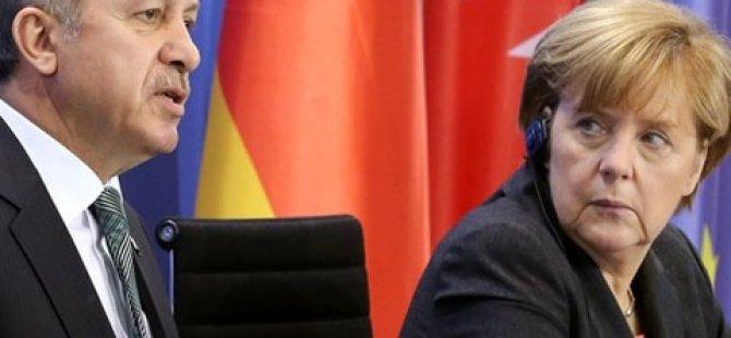 Merkel, Saray'a gitmek istememiş