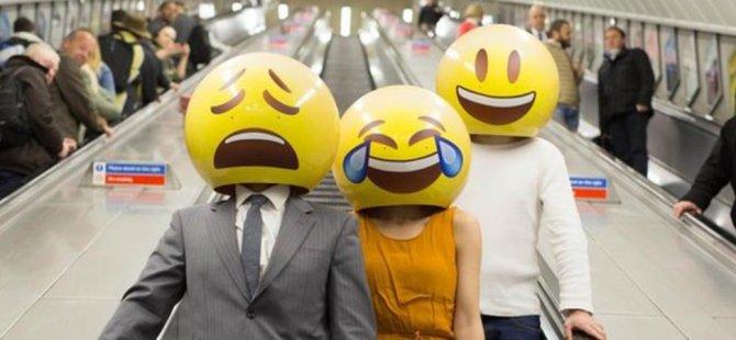 Bu emoji yılın kelimesi seçildi