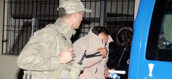 IŞİD'ten kaçan 2 Türk tutuklandı