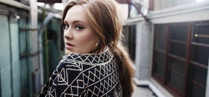 Adele rekor kırıyor!