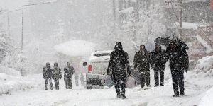İstanbul hava durumuna ait son bilgi Meteoroloji'den: Kar İstanbul'a geri dönüyor