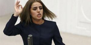 HDP Batman Milletvekili Ayşe Acar Başaran gözaltına alındı