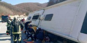 Bursa'da yolcu otobüsü devrildi: 7 ölü