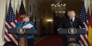 Trump ve Merkel arasında tokalaşma krizi