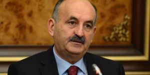 Taksim'de ısrar edilmemeli