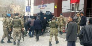 Van Çatak'ta patlama: 1 asker yaralı | Son dakika haberleri