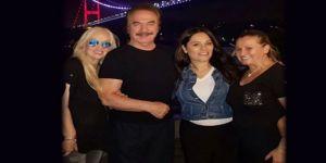 Ünlü şarkıcı Reyhan Karaca dün gece hastaneye kaldırıldı!